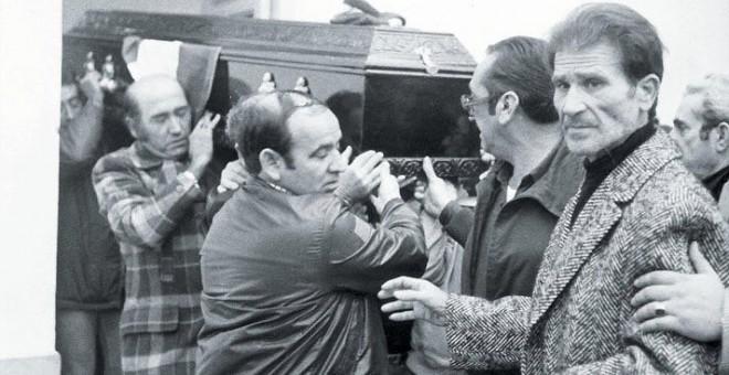 Entierro de Manuel José García Caparrós.