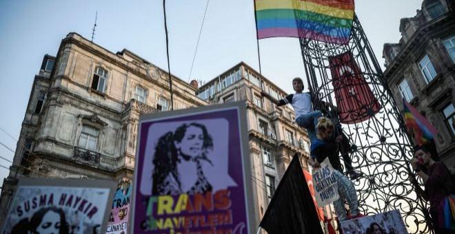 Protesta por el día mundial a favor de la Despatologización Trans.