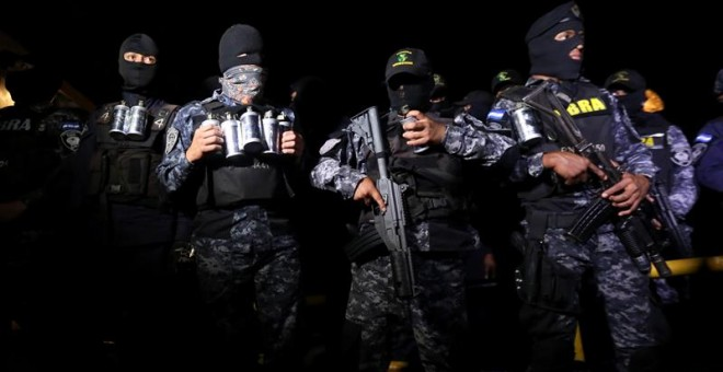 Huelga de brazos caídos en Honduras