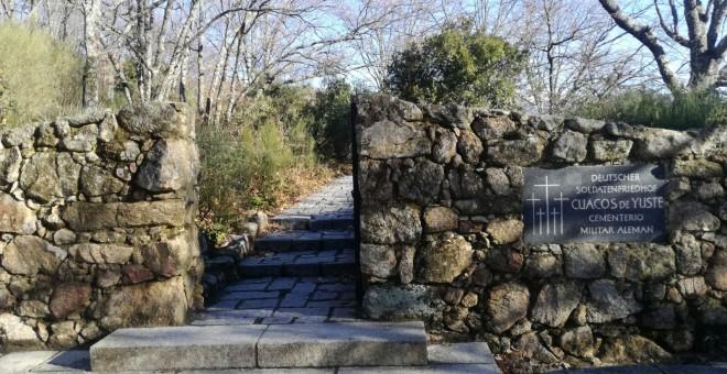 Entrada del cementerio militar alemán en Cuacos de Yuste, Extremadura.