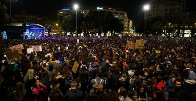 Lectura del manifiesto en la manifestación de Barcelona. | J.K.
