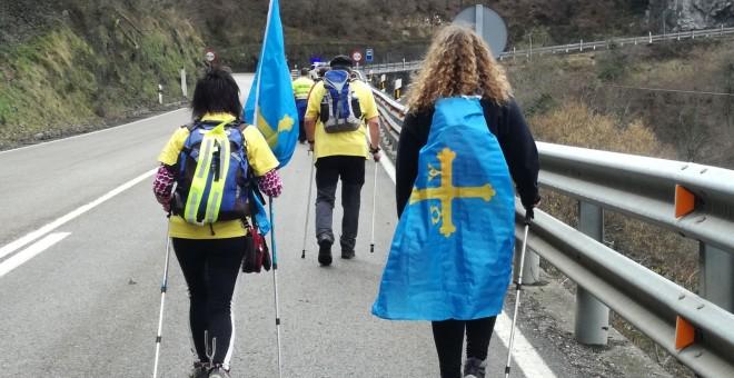 Dos mujeres asturianas en la Marcha Básica/Marta Sánchez de Ron