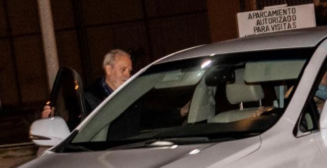 El empresario Bartolomé Cursach sale de la cárcel de Palma. EFE/CATI CLADERA