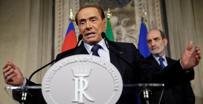 El líder de Forza italia, Silvio Berlusconi, durante una rueda de prensa en Roma el pasado 12 de abril. /REUTERS