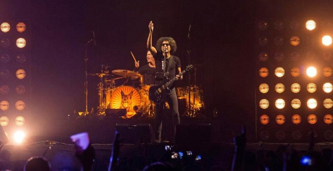 El cantante y guitarrista de la banda grunge estadounidense Alice in Chains,William DuVall, durante el concierto del festival Mad Cool. (TAMARA ROZAS | EFE)
