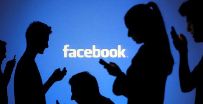 Facebook resiste las embestidas del Gobierno de EE.UU., que le reclama acceso directo a su aplicación de mensajes de texto y llamadas telefónicas   REUTERS / Dado Ruvic