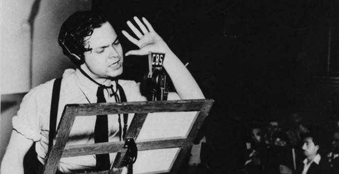 Orson Welles desató en pánico con un boletín ficticio de la cadena CBS en vísperas de Halloween.