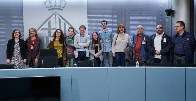 Jaume Asens, acompañado de testimonios de los abusos franquistas y de representantes de entidades LGTBI.