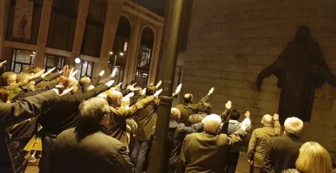 Nazi-fascistas de España. - Página 3 5be59ce657254