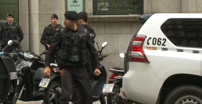 La Guàrdia Civil registra la seu de l'Autoritat Catalana de la Competència pel cas 3%. CCMA