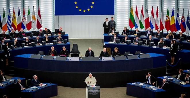 El Papa Francisco en el Parlamento Europeo . Foto: Wikipedia
