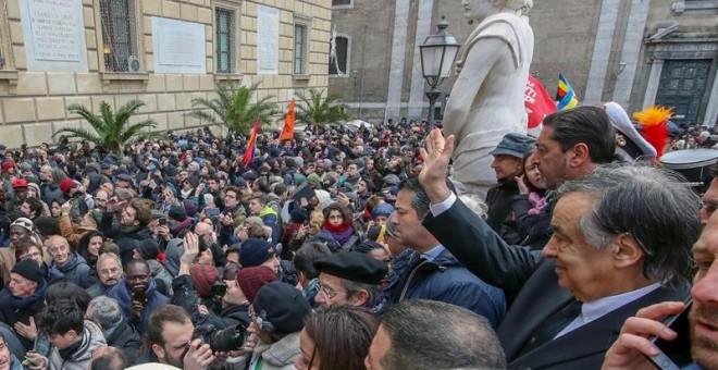 Salvini reitera el cierre de puertos y los alcaldes del sur se rebelan