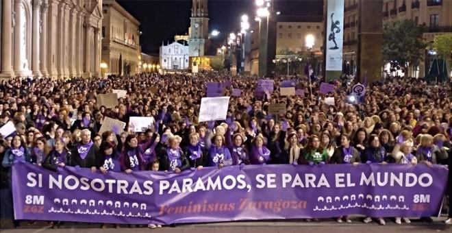 Directo huelga del 8 de marzo: DIRECTO   El feminismo golpea fuerte: rotundo éxito de las mujeres en las manifestaciones del 8M   Público