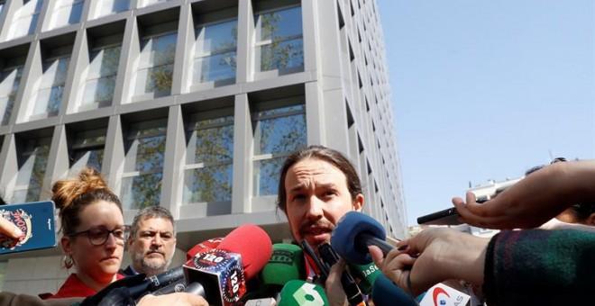 El juez deniega las pruebas a Podemos pero imputa a la ex dirección de la revista Interviú