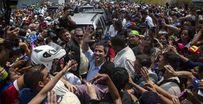 El presidente de la Asamblea Nacional de Venezuela, Juan Guaidó, tras su discurso este sábado, en San Antonio de los Altos, estado de Miranda (Venezuela). JAIRO VARGAS