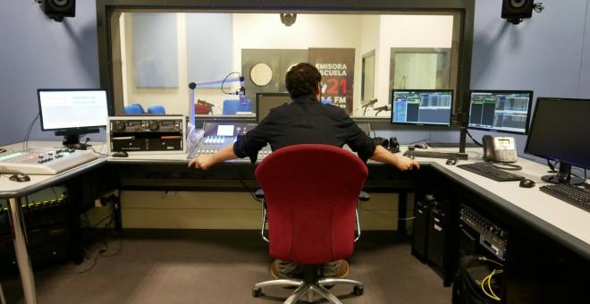 Estudio de la emisora M21. Foto Ayuntamiento de Madrid.