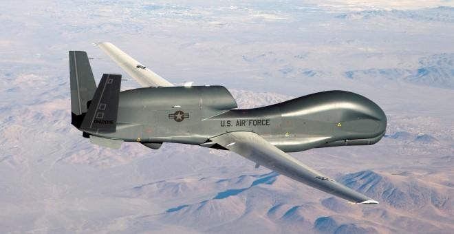 Un RQ-4 Global Hawk, en una imagen de archivo. / REUTERS