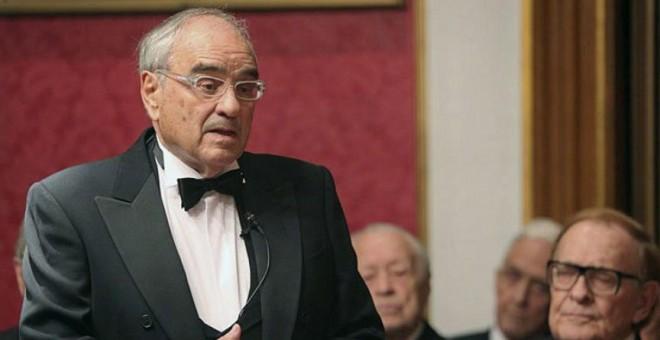 Rodolfo Martín Villa, en su toma de posesión como académico de Ciencias Morales y Políticas. EFE