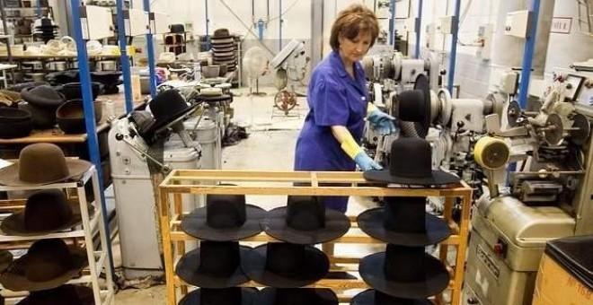 Las mujeres que trabajan en jornadas parciales son uno de los colectivos con mayor losa salarial.