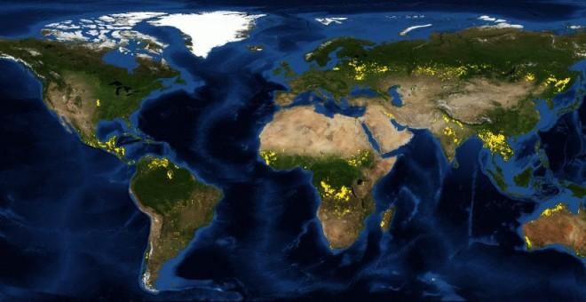 Captura del satélite de la NASA donde se recogen los últimos datos sobre áreas quemadas en el mundo. / FIRMS (NASA)