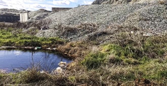 Pincha en la foto para ver otras imágenes y más información sobre este desastre ambiental.