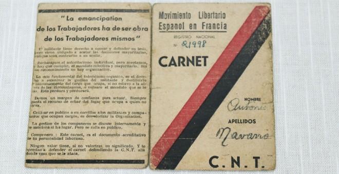 Carnet de la CNT en el exilio, concretamente en Francia, país al que huyeron la mayoría de ellos y que se puede ver en la exposición de la FAL.  - Archivo CNT/ FAL