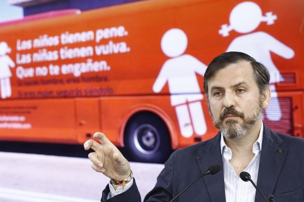 Ignacio Arsuaga, presidente de Hazte Oír, en una rueda de prensa. E.P.