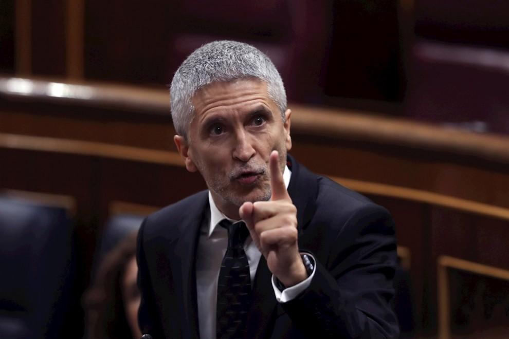 Marlaska admite que el Estado cubre la seguridad de Juan Carlos I en su huida 5ed809833fff7