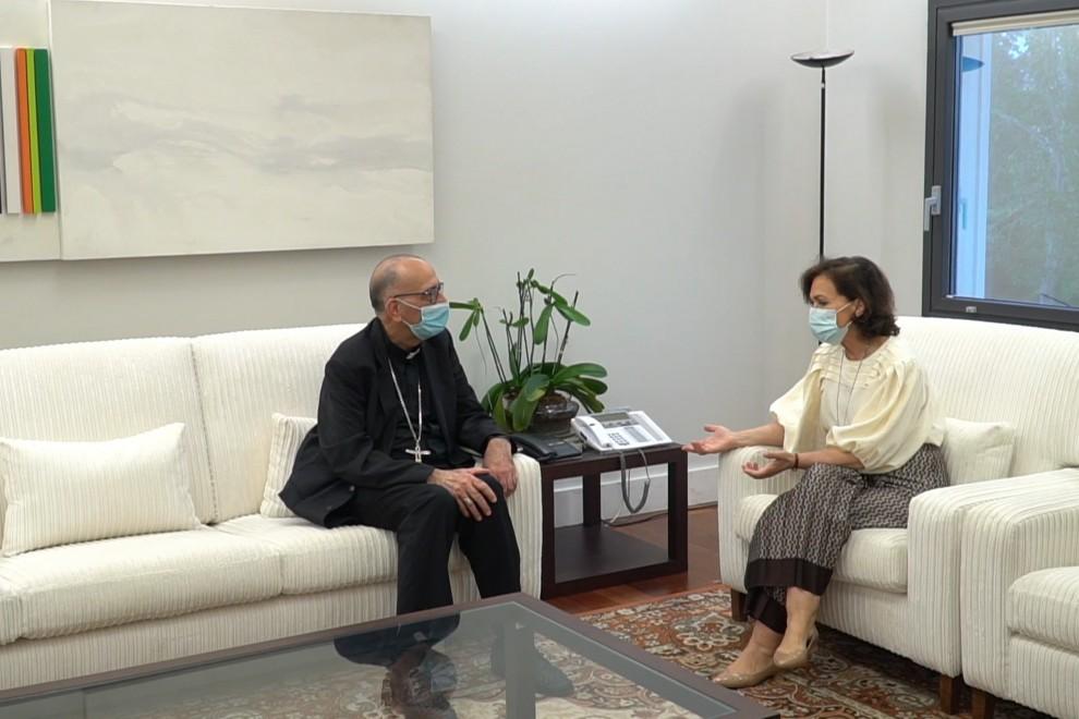 Carmen Calvo se reúne con Juan José Omella