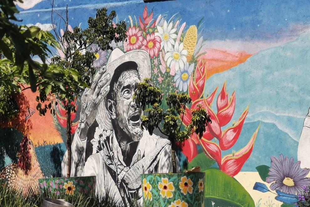 Medellín se ha convertido en un museo al aire libre, con una gran cantidad de murales repartidos por toda la ciudad. Queralt Castillo