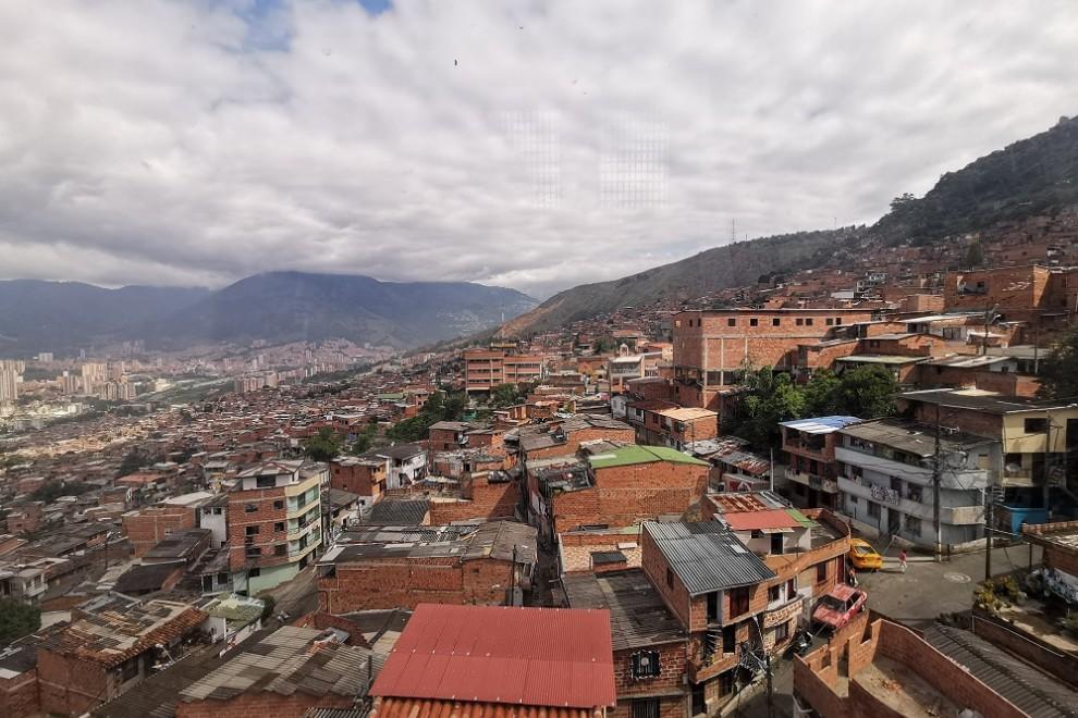 Vista aérea desde el metrocable que sube a Parque Arví 1. Queralt Castillo
