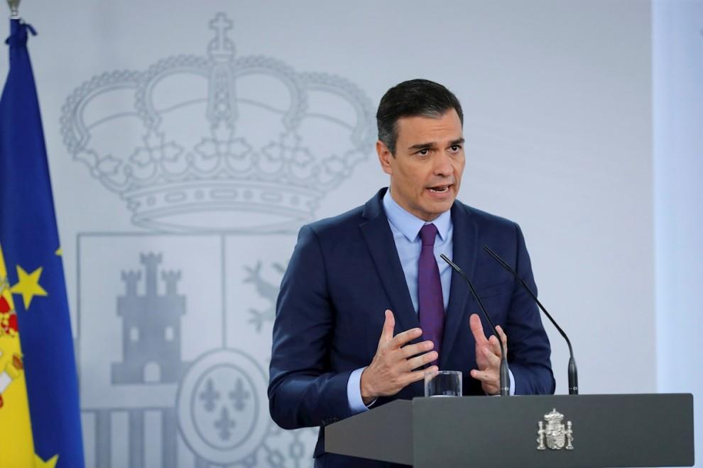 El presidente del Gobierno, Pedro Sánchez, durante la habitual comparecencia antes de las vacaciones, en el Palacio de la Moncloa. EFE/Chema Moya
