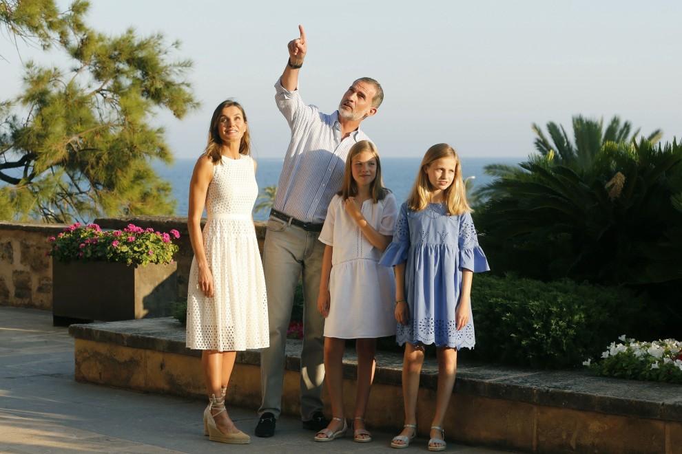 La Familia Real excluye a Juan Carlos I de su posado veraniego. EFE