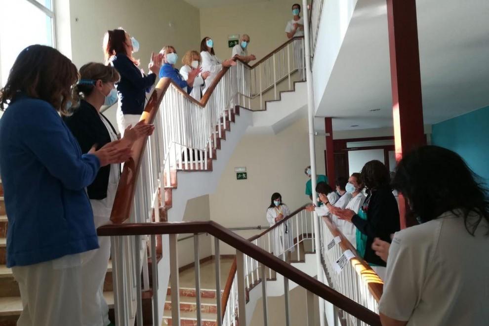 Concentración trabajadores de la Sanidad en el Hospital de Cabueñes en Gijón