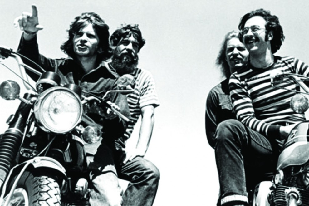 Michael Ochs inmortalizó a la Creedence Clearwater Revival sobre dos ruedas.