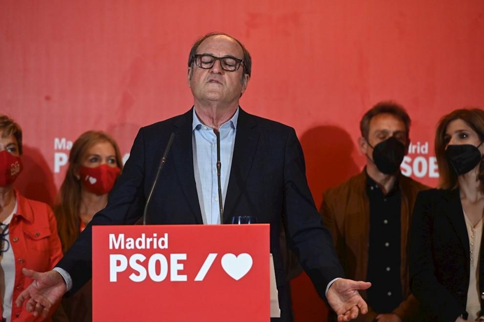 El candidato del PSOE a la presidencia de la Comunidad de Madrid, Ángel Gabilondo, comparece ante los medios para valoras los resultados electorales. EFE/Fernando Villar