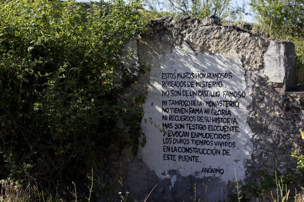 Poema escrito en la pared de las ruinas del destacamento penal de Soto del Real.