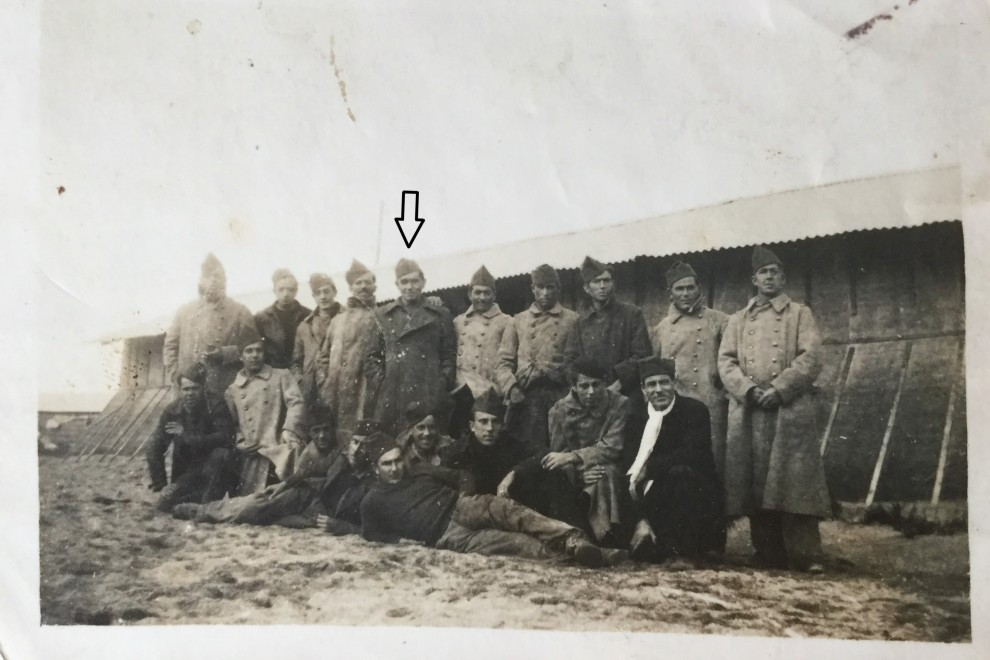 Foto de grupo con Jose Seijas, ya como exiliado en Francia.