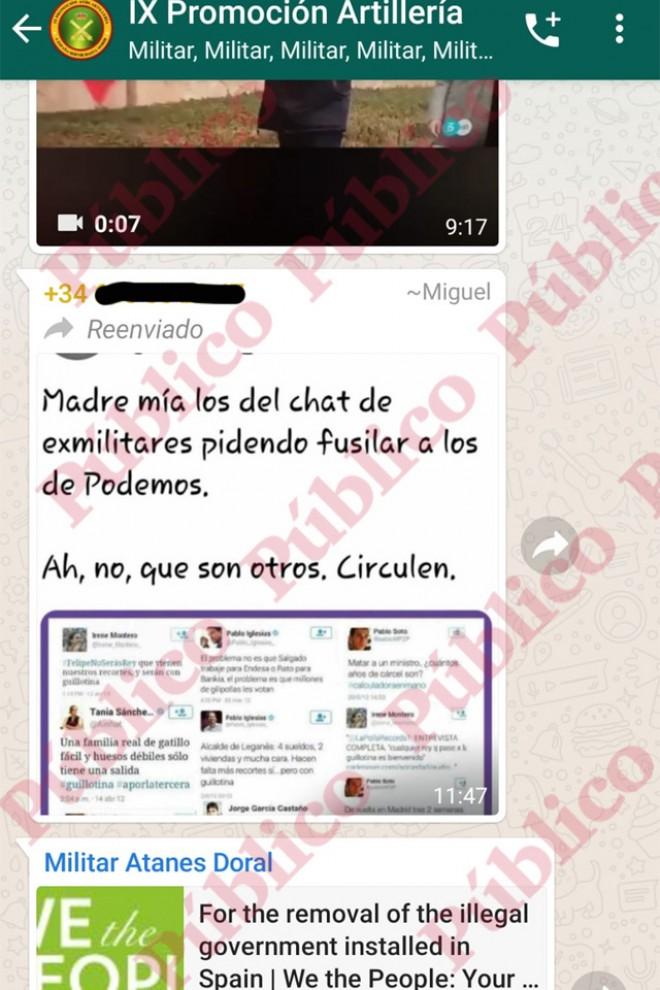 """Entrada en el chat del tuit que hace burla de """"fusilar a los de Podemos""""."""