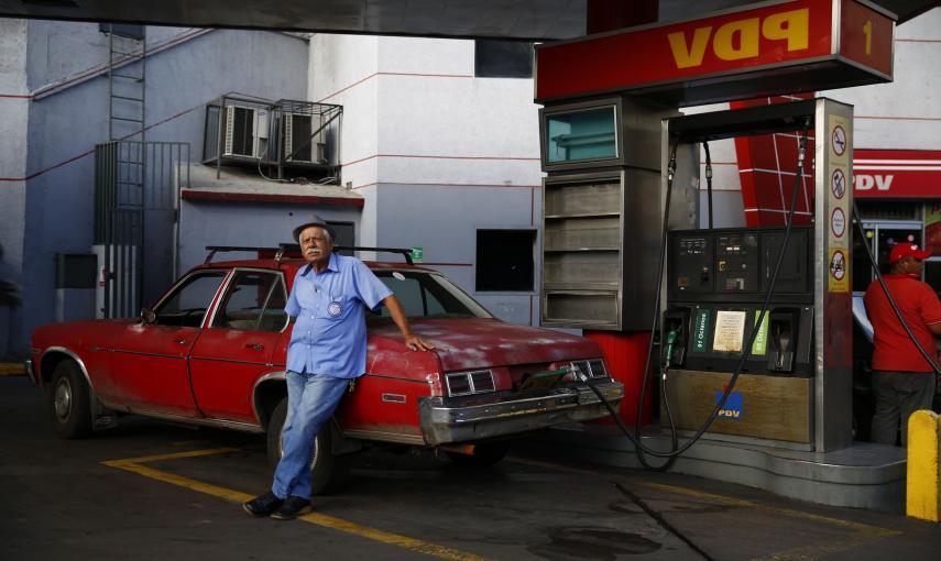 Resultado de imagen para gasolineras de venezuela