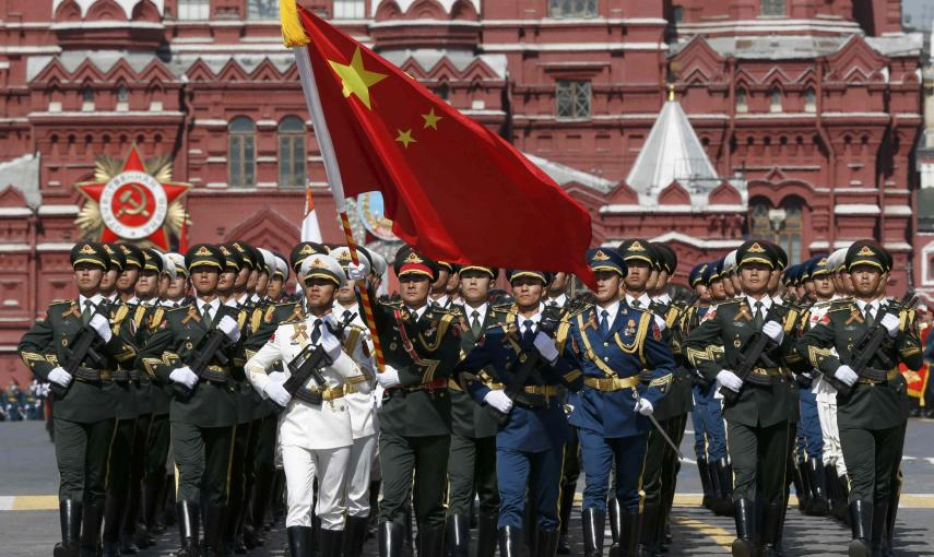 Chinese servicemen march during the Victory Day parade at Red Square in Moscow. REUTERS/Sergei Karpukhin