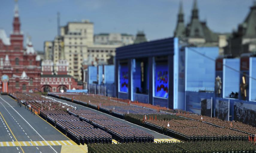 Russian servicemen march during the Victory Day parade at Red Square in Moscow. REUTERS/Host Photo Agency/RIA Novosti