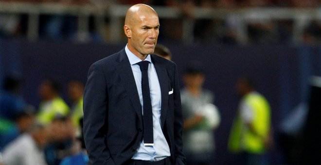 El entrenador del Real Madrid, Zinadine Zidane.- REUTERS