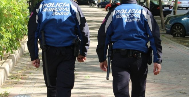 Dos policías municipales de Madrid. EUROPA PRESS