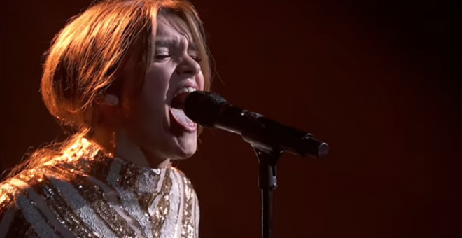Amaia canta 'Shake it out' en la Gala 9 de OT.