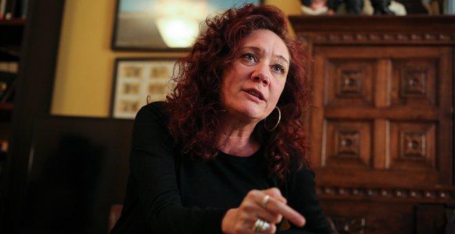 Cristina Fallarás presenta la novela 'Honrarás a tu padre y a tu madre' (Anagrama). / JAIRO VARGAS