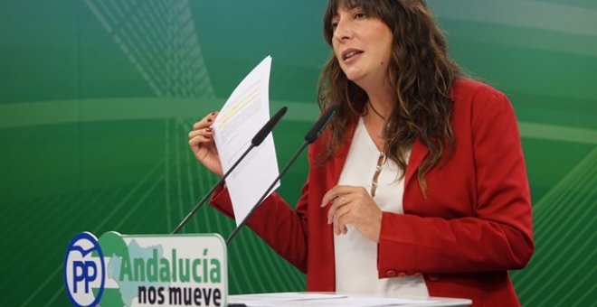 Loles López, secretaria general del PP-A, en rueda de prensa. EUROPA PRESS/Archivo