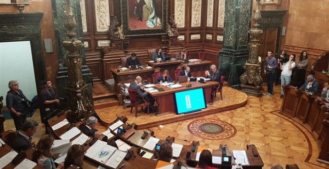 El pleno del ayuntamiento de Barcelona. EUROPA PRESS