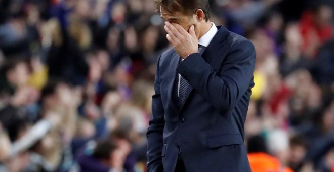 28/10/2018.- Real Madrid's head coach Julen Lopetegui reacts during a Spanish LaLiga soccer match between FC Barcelona and Real Madrid at the Camp Nou stadium in Barcelona, north eastern Spain, 28 October 2018. (España) EFE/EPA/Toni Albir
