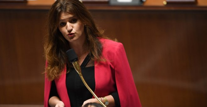 Marlene Schiappa speaks during a session of questions to the Government at the French National Assembly in Paris, on November 27, 2018.  CHRISTOPHE ARCHAMBAULT / AFP